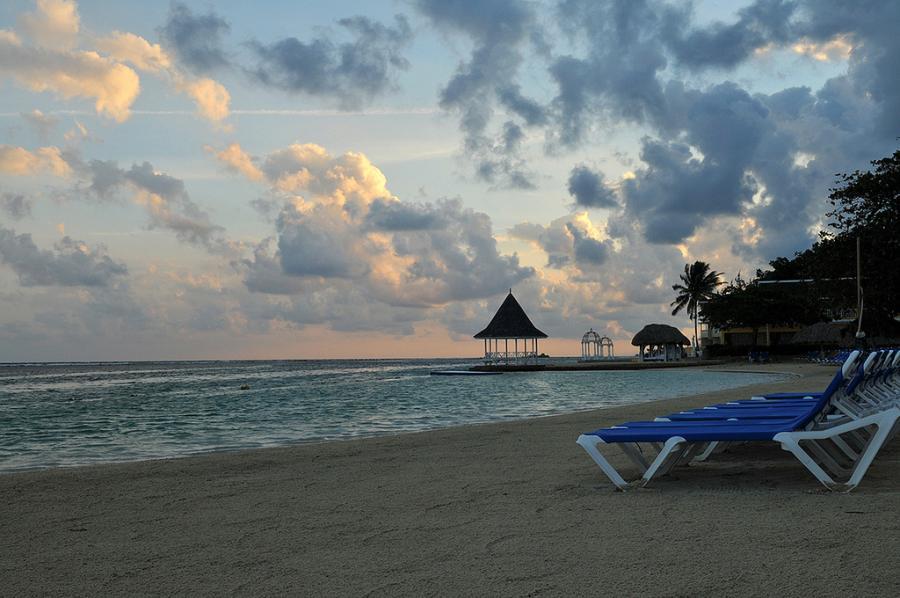 Jamaica 6Y5SGD Sunrise