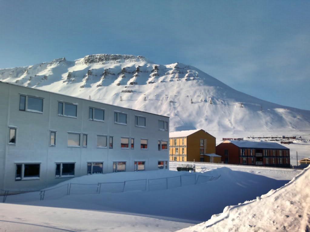 JW/EA3NT JW/OJ0Y Longyearbyen, Svalbard. DX News