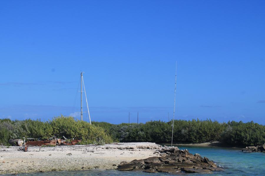 Остров Кантон T31T Фото