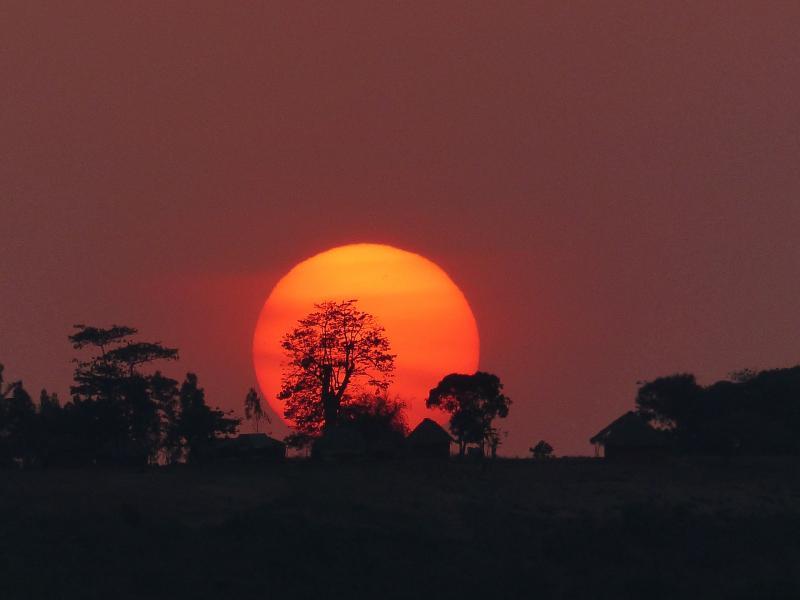 Kenya 5Z4/AK0SK DX News Sunset
