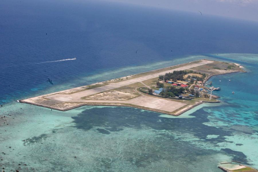 Layang Layang Island Swallow Reef Spratly Islands 9M0W