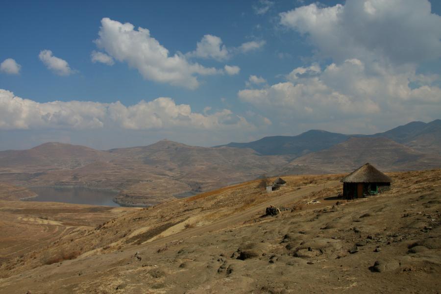Lesotho 7P8EUDXF The Malibamat'so River.