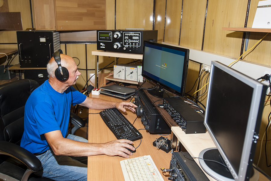 Lithuania LY9Y Contest station designed for 2 ops