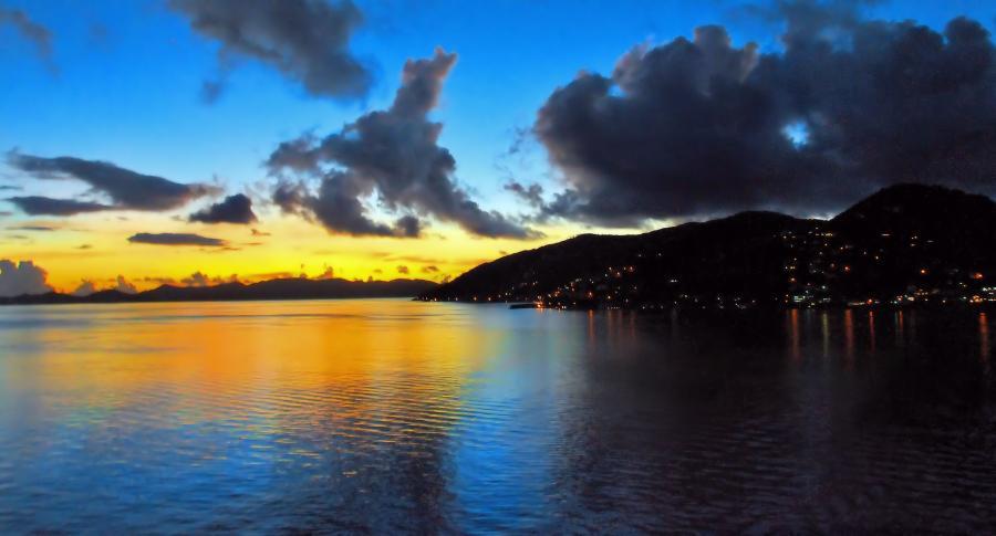 Остров Мартиника TO5A Туристические достопримечательности Закат