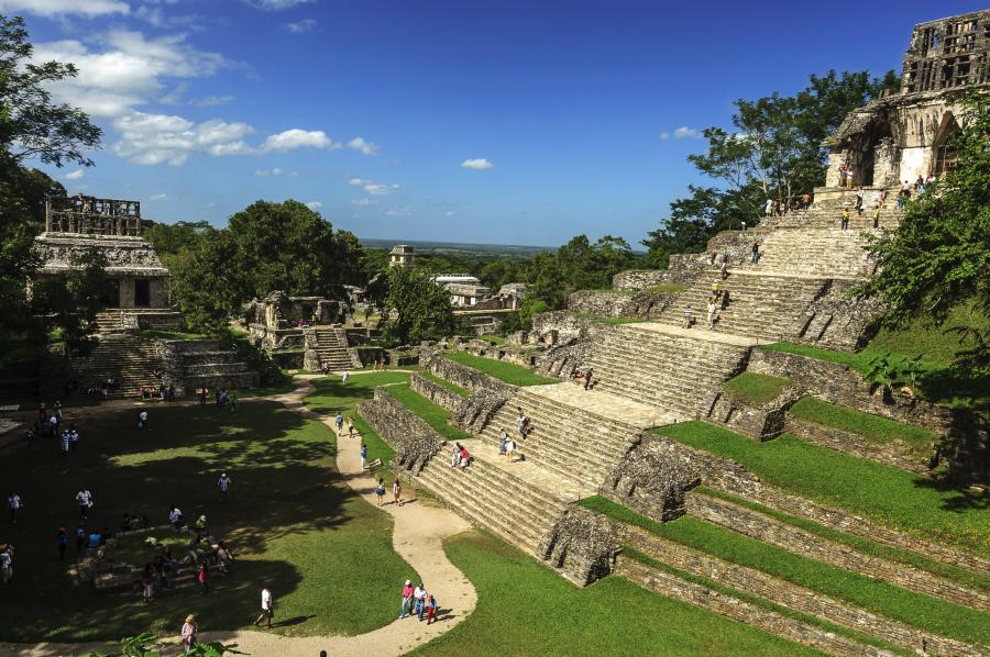 Mexico XE3/SP7VC Barrio Santa Cruz, Palenque, Chiapas.