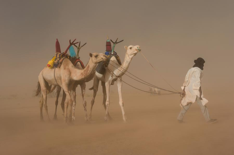 Нигер 5U7R Туристические достопримечательности Песчаная буря.