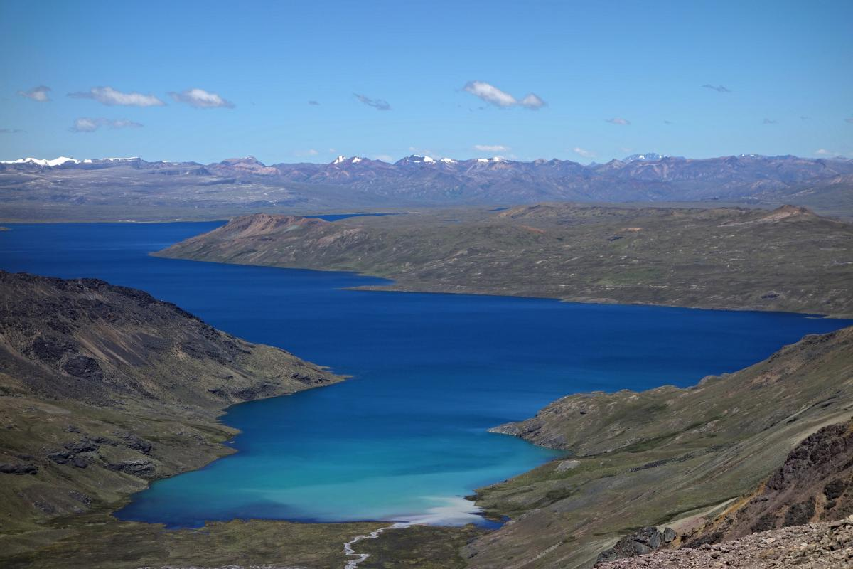 OA7/AE2L At an elevation of 15,988 ft and over 9 miles long, Sibinacocha is one of the highest lakes of its size in the world
