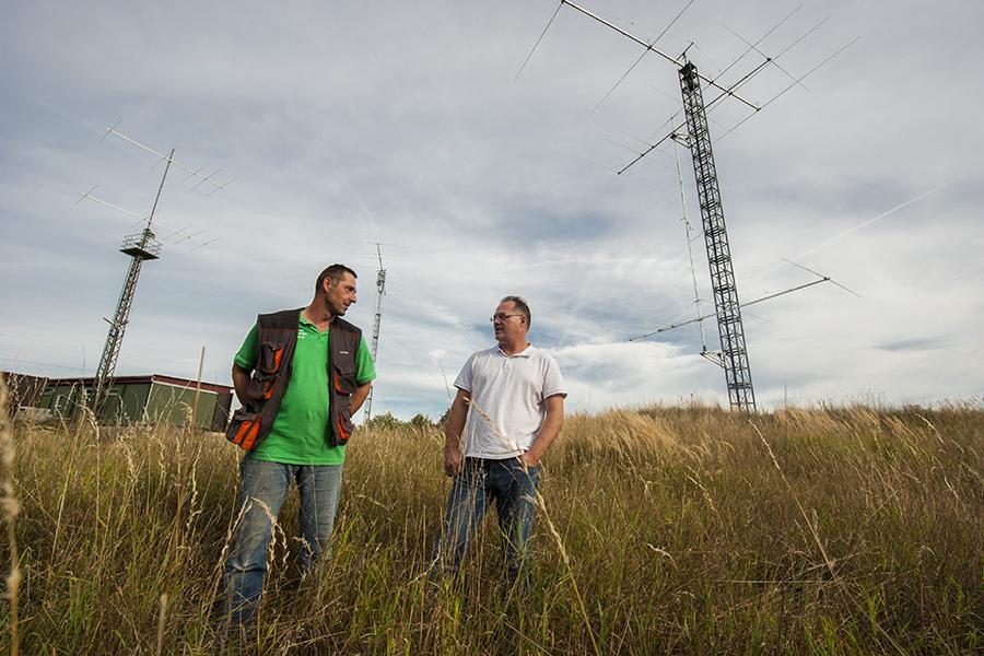 OK5Z OK2ZA OK2ZI Inspecting antennas