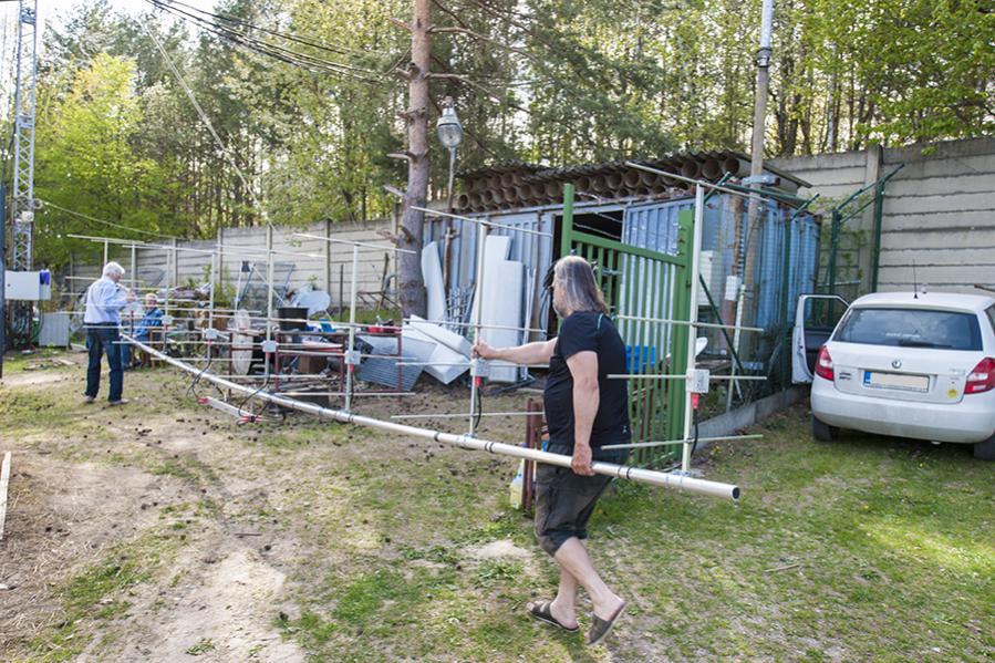 OL3Z Contest Station 8 Stack 4 element 144 mHz yagi