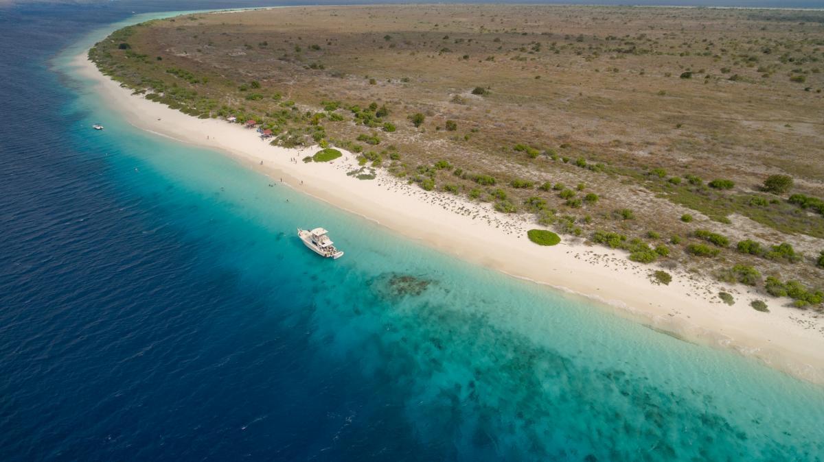 PJ4E PJ4I Bonaire Island DX News