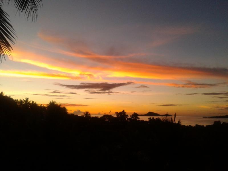 Pohnpei Island V6EME DX News