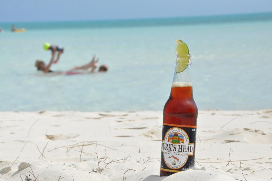 Providenciales Island VP5/K3NK VP5/W3HNK Tourist attractions spot Turk's Head Island Draught Beer.