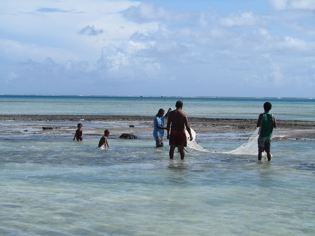 Pukapuka Atoll Traditional fishing in ponds on the reef.
