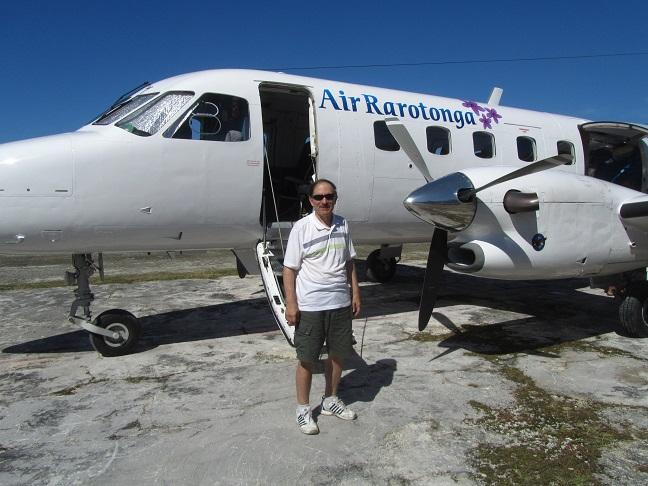 Good Bye Pukapuka E51LYC Air Rarotonga Leaving Pukapuka.