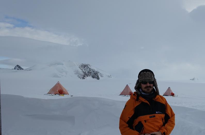 Исследовательская станция Ротера, остров Аделейд, Антарктида VP8DPJ MW0YCC