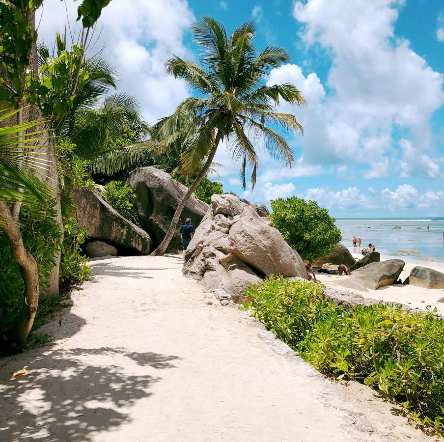La Digue Island, Seychelles Tourist attractions spot S79GJ