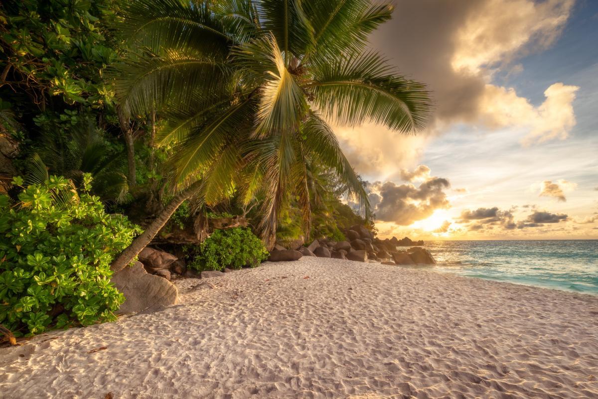 Пляж Анс Жоржет, остров Праслин, Сейшелы