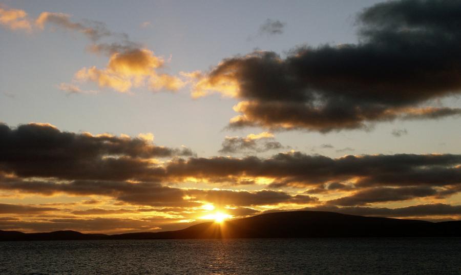 Шетландские острова MZ5A Туристические достопримечательности Закат.