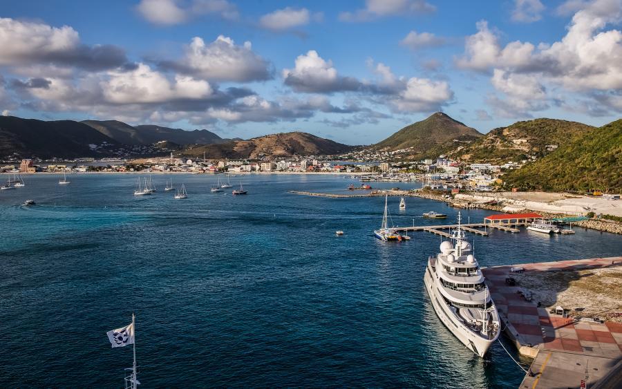 Sint Maarten PJ7/WD8Z DX News Philipsburg