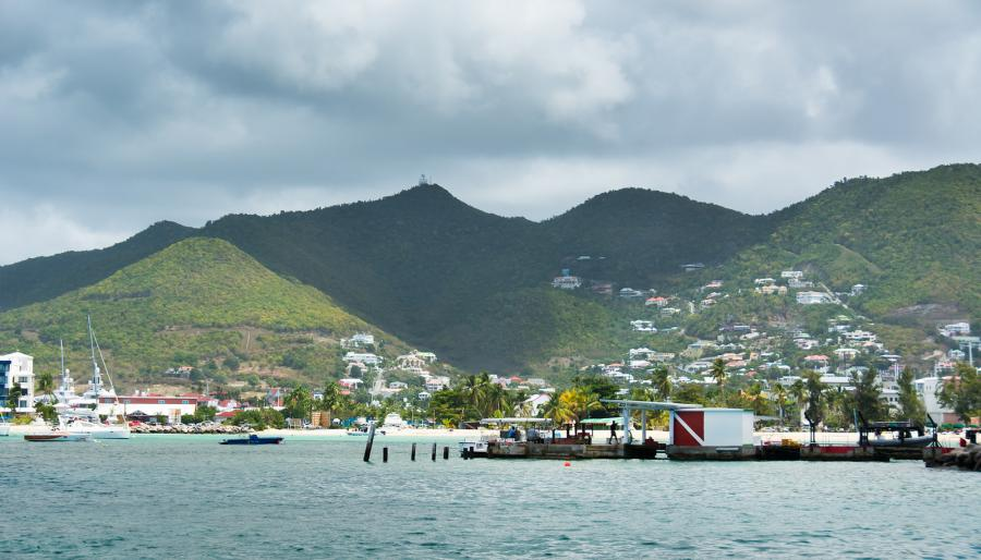 Sint Maarten PJ7/HB9FLX DX News Mountains