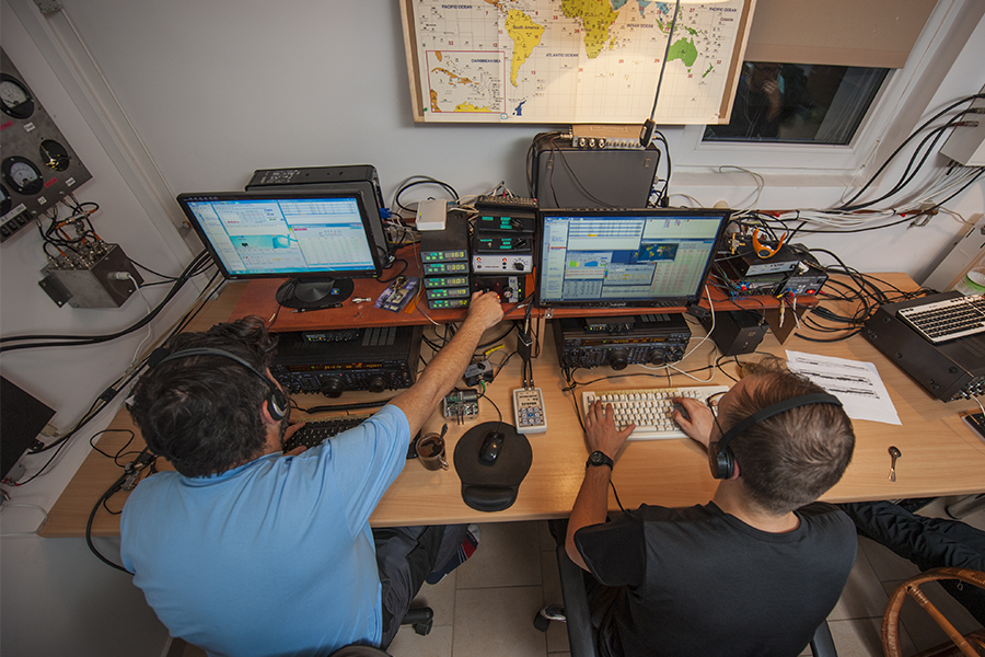SO4M Amateur Radio Contest Station Poland. CQ WW DX CW Contest 2017. F5SDD and SQ6MS
