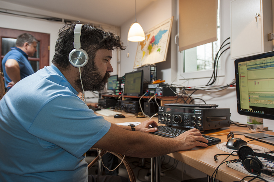 SO4M Amateur Radio Contest Station Poland. CQ WW DX CW Contest 2017. F5SDD.
