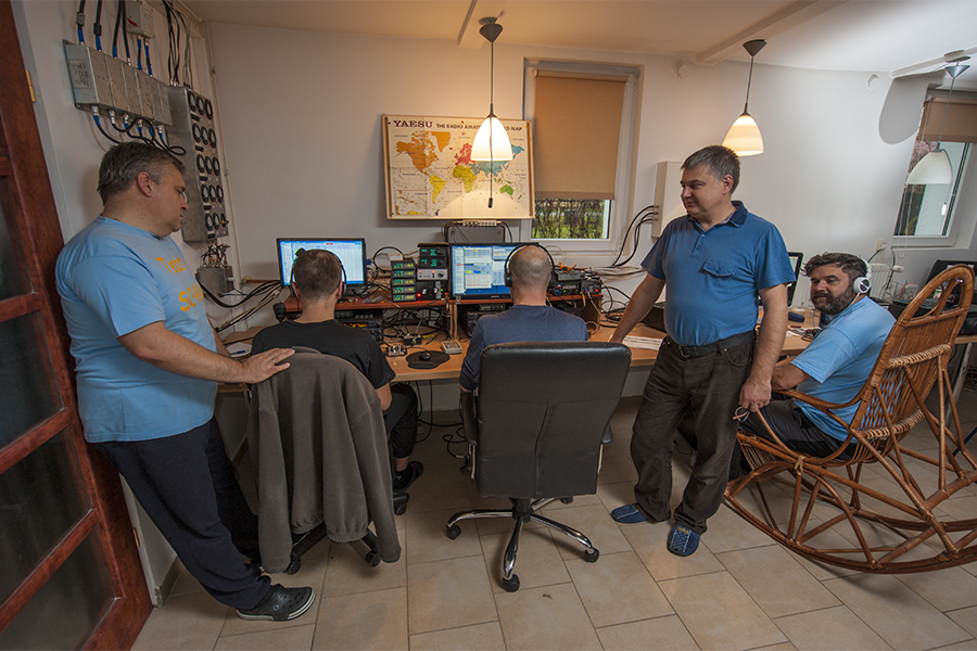 SO4M Amateur Radio Contest Station Poland CQ WW DX CW 2017 Contest Team SP5OXJ, SQ6MS, SP5UAF, SP4MPG, F5SDD
