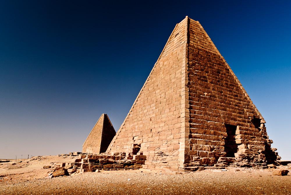ST/R4PBW Pyramids, Jebel Barkal, Sudan