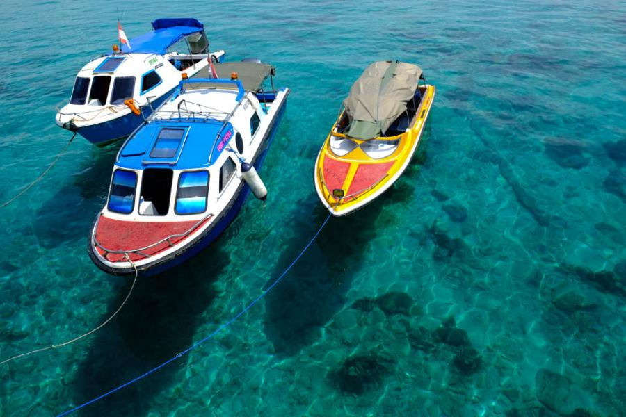 Tarakan Island YB3MM/7 Speedy boats.