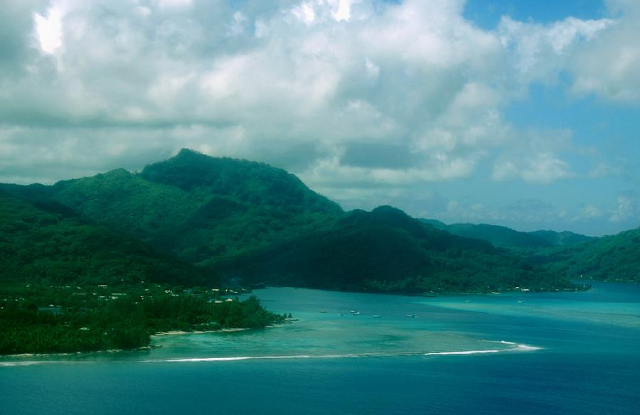 Huahine Island TX5EG Tourist attractions spot Leeward Society Islands French Polynesia