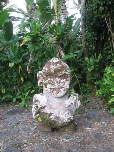 TX5T Raivavae Island Tiki