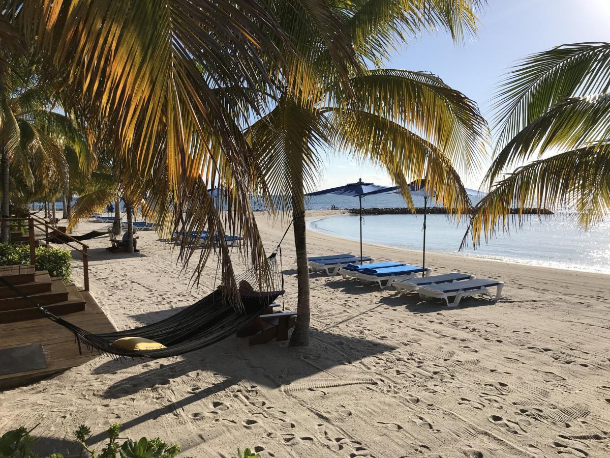 V31GF Private Villa on Harvest Caye, Belize. DX News