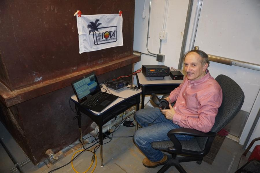 VE3LYC/KL7 Little Diomede Island, Alaska. Radio Room Shack. DX News Image 6