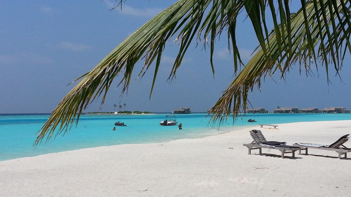 8Q7DM Lankanfinolhu Island, Maldives Tourist attractions spot