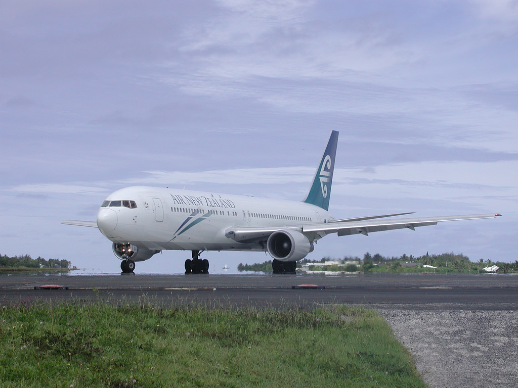 Rarotonga Island E51GHS Tourist attractions spot Cook Islands Airport Air New Zealand