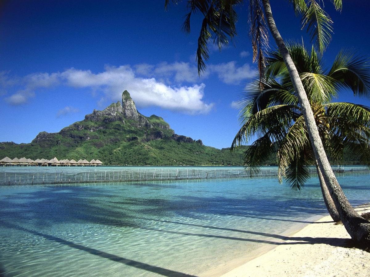 Bora Bora, French Polynesia. FO/AI5P Tourist attractions spot