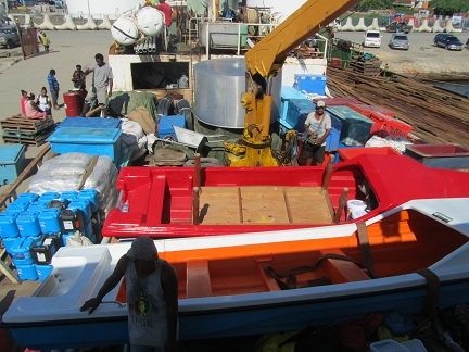 H44R The boat to Mbanika is loaded up in Honiara