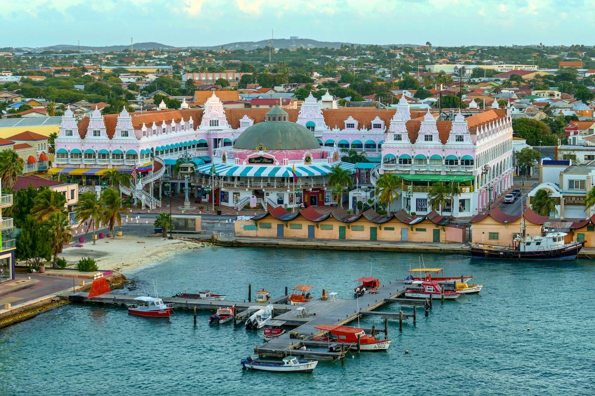 P4/W1CQ Early Morning, Oranjestad, Aruba. DX News