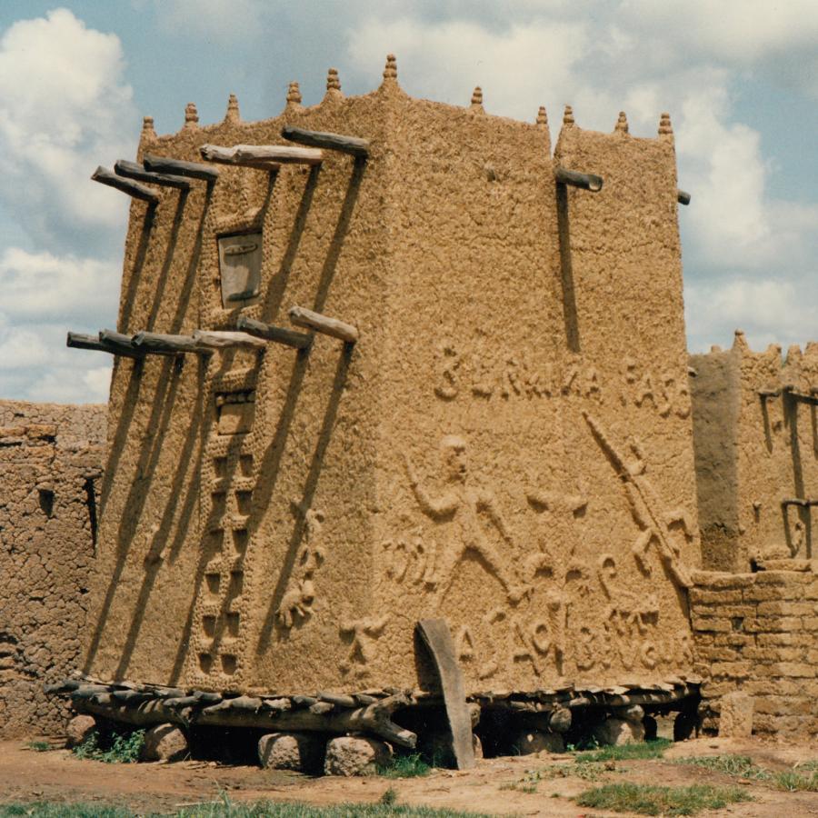 XT2SZZ Burkina Faso DX News
