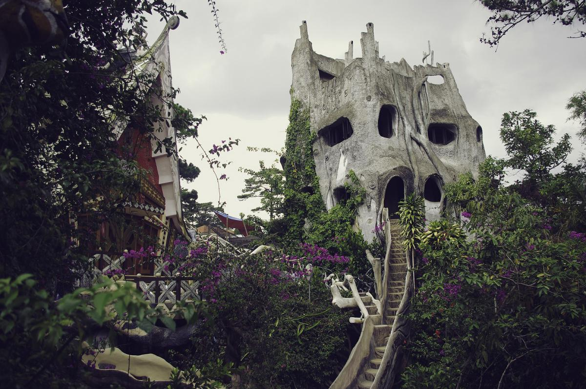 XV9HL Crazy House, Dalat, Vietnam.
