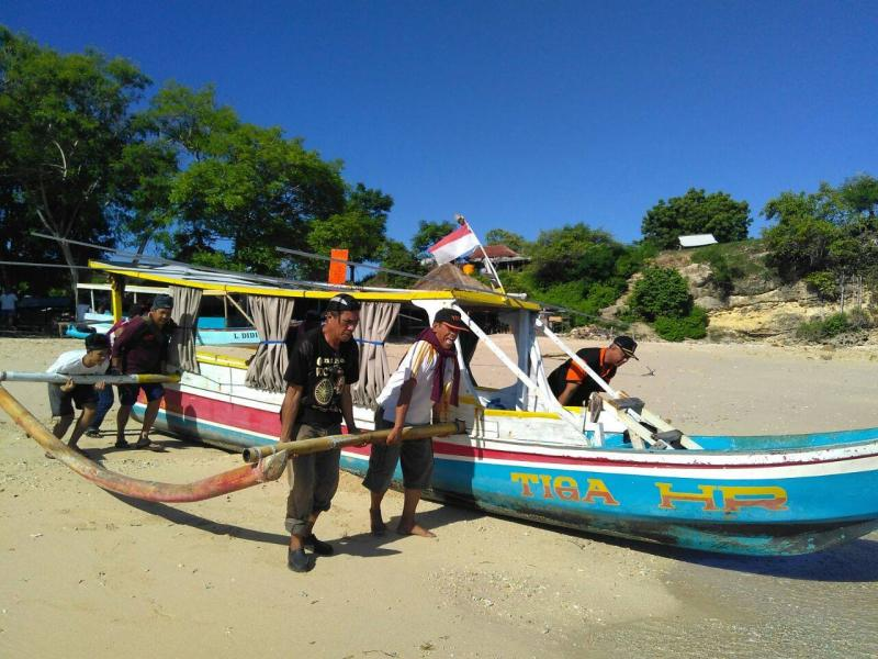 YB9K Lombok Island Picture 3