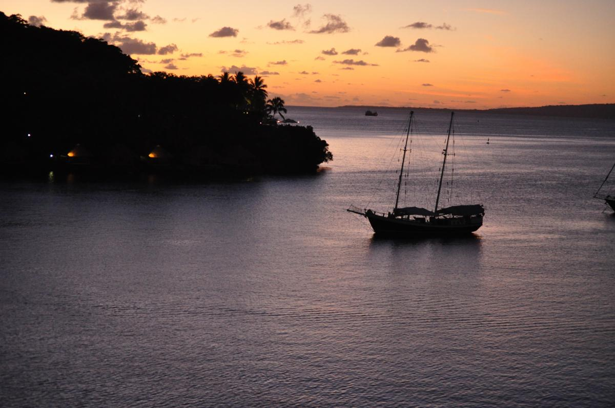 Вануату YJ0GB Закат Порт Вила, остров Эфате