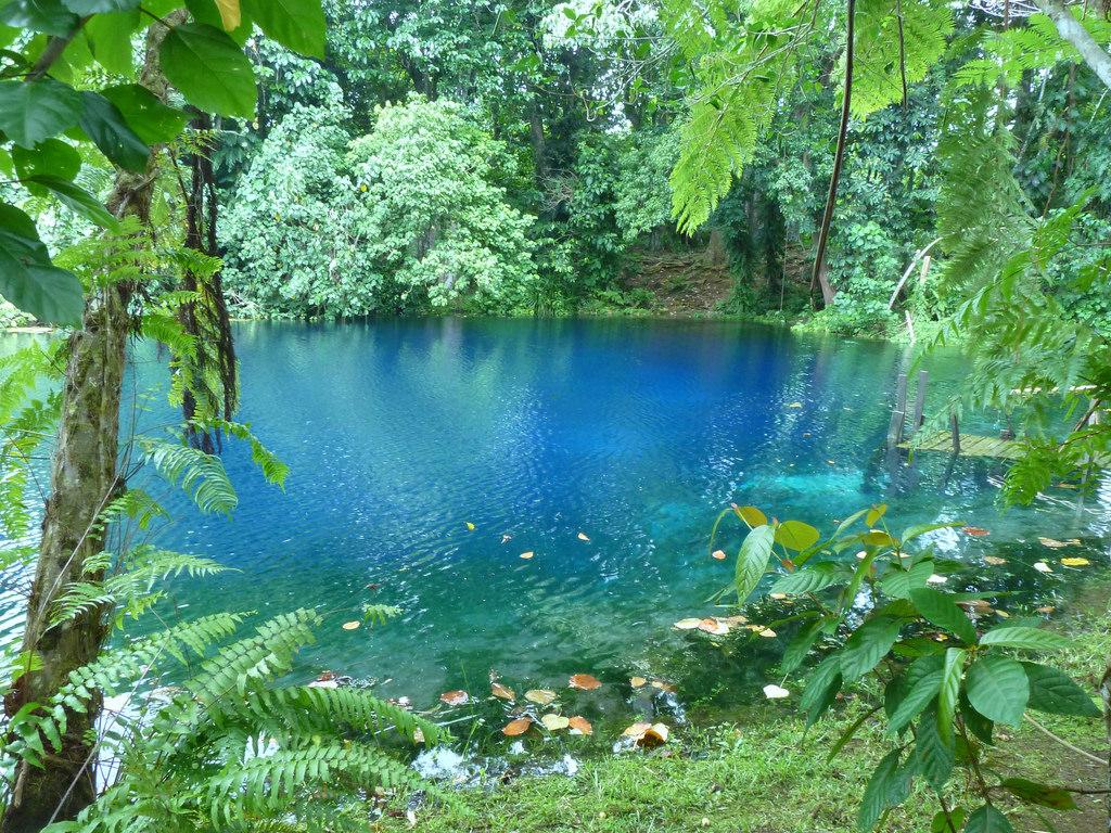 Вануату YJ0ST Туристические достопримечательности Голубая дыра Джекки