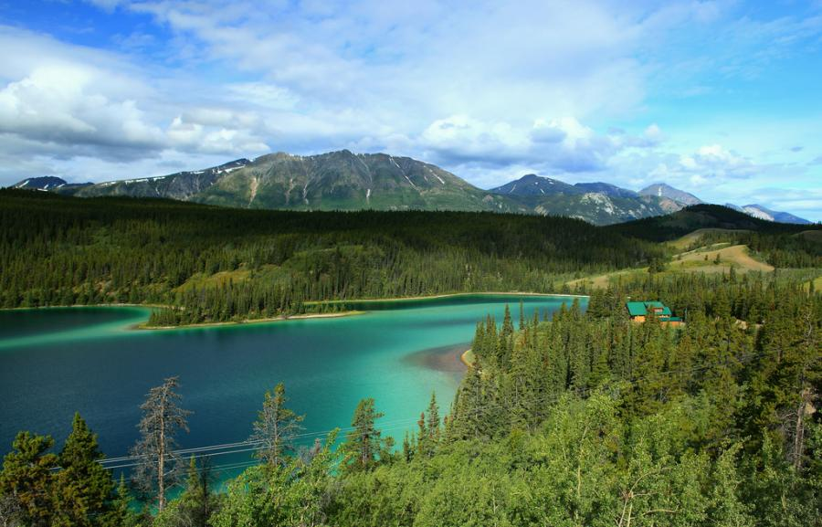 Yukon XK150YUKON Tourist attractions spot Lake Emerald