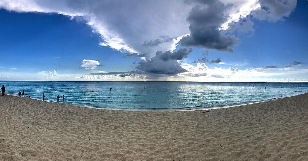 ZF2LT Grand Cayman Island, Cayman Islands